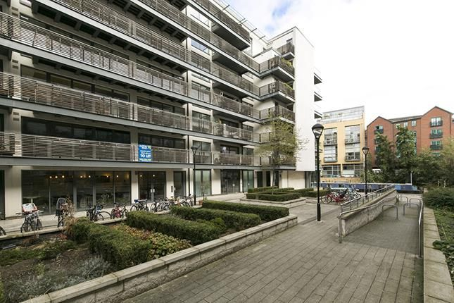 Thumbnail Office to let in Unit N, Reliance Wharf, 2-10 Hertford Road, London
