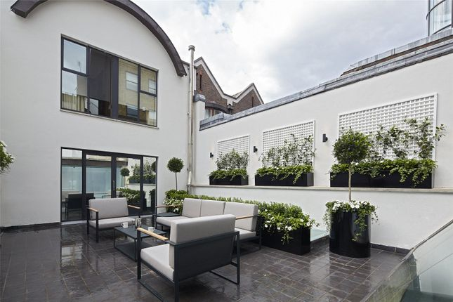 Thumbnail Mews house to rent in Cheval Place, Knightsbridge, London