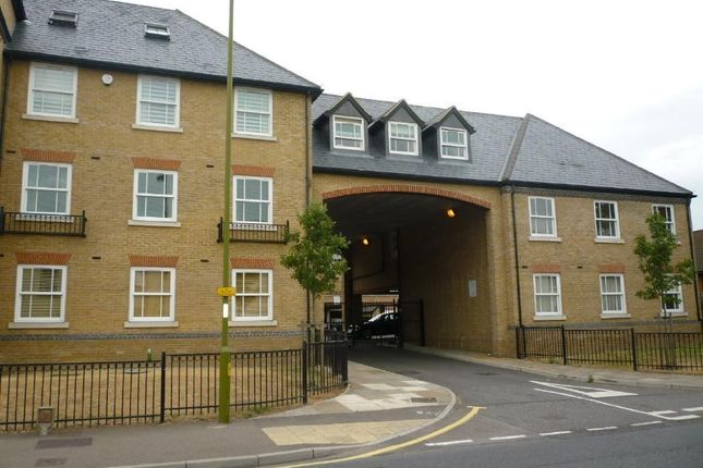 Thumbnail Flat to rent in Bowsher Court, Star Street, Ware