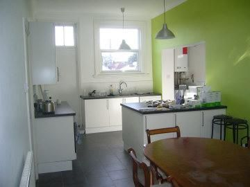 Thumbnail Shared accommodation to rent in 94 Elm Grove, Southsea