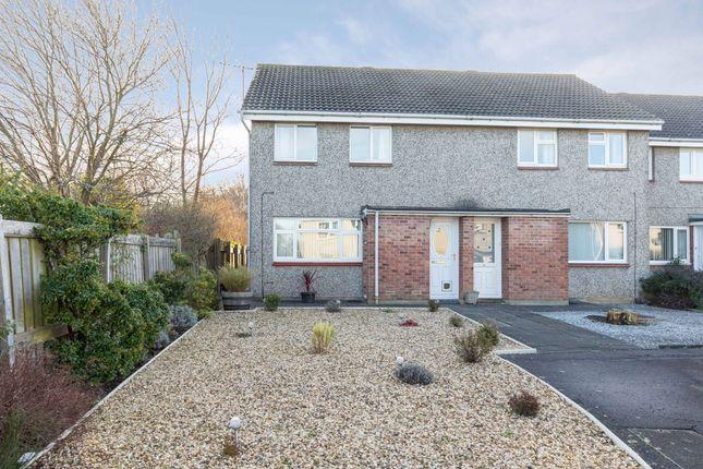Thumbnail Property for sale in Baberton Mains Rise, Edinburgh