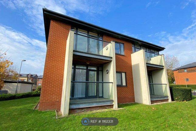 1 bed flat to rent in Edgar House, London NW7