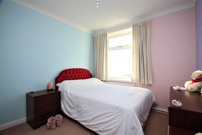 Bedroom 2 of Milford Court, Brighton Road, Lancing BN15