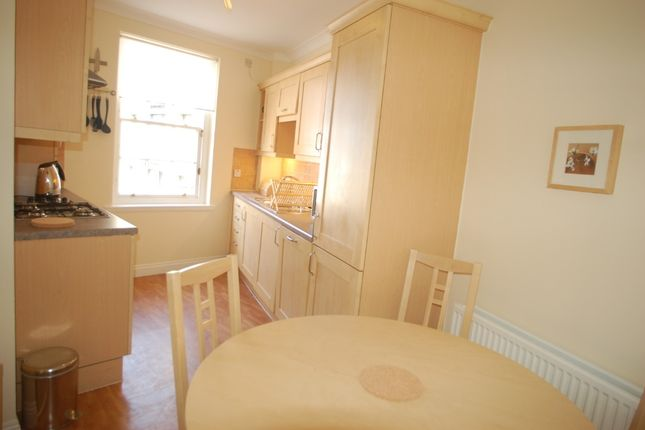 Thumbnail 2 bed flat to rent in Gayfield Square, Edinburgh