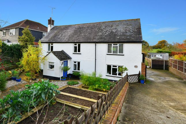 5 bedroom property for sale in The Street, Adisham, Canterbury