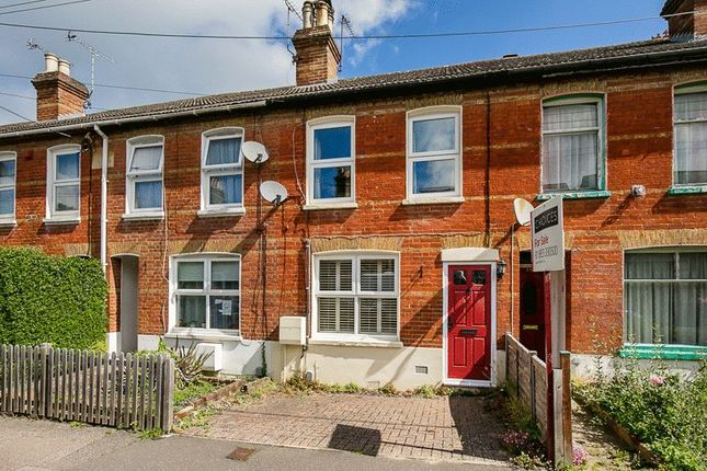 Thumbnail Terraced house for sale in Albany Road, Crawley