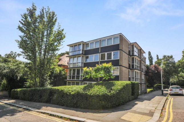 Thumbnail Flat for sale in Coolhurst Road, London