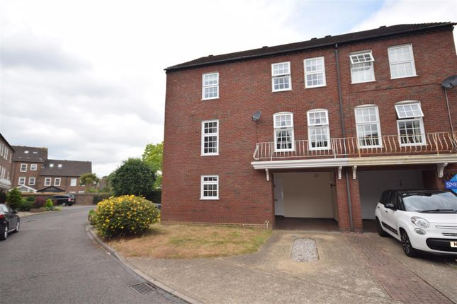 Thumbnail Terraced house for sale in Park Crescent, Twickenham
