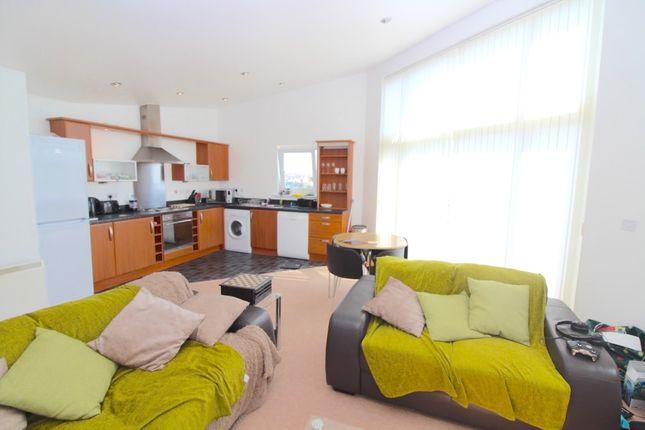 Thumbnail Flat to rent in Cwrt Naomi, Llanelli