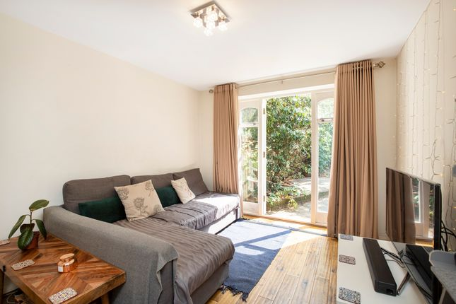 Living Area of Gladstone Road, Norbiton, Kingston Upon Thames KT1
