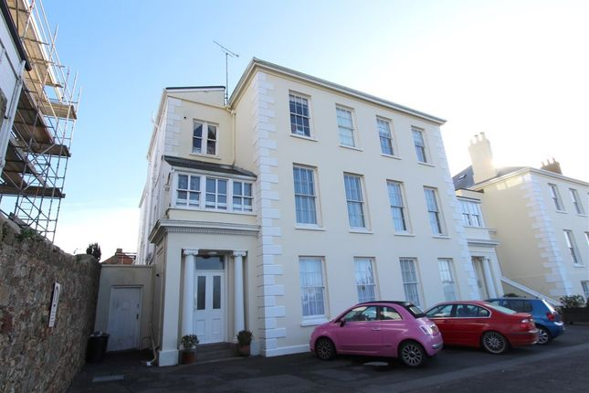 Thumbnail Flat to rent in Wellington Road, St Helier