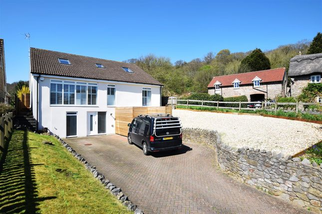 Thumbnail Detached house for sale in Hill Lane, Weston-In-Gordano, Bristol
