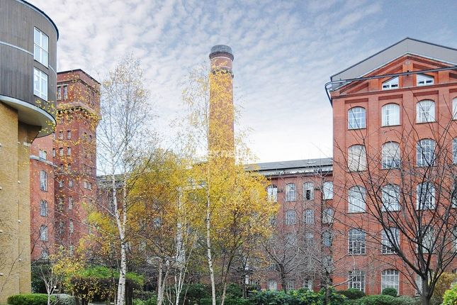 Thumbnail Flat to rent in Fairfield Road, London
