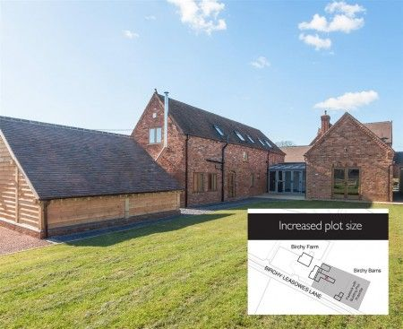 Thumbnail Barn conversion for sale in Birchy Leasowes Lane, Tidbury Green, Solihull, West Midlands