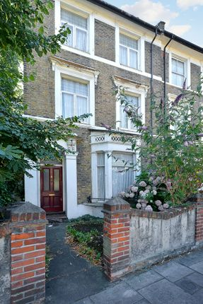 Thumbnail End terrace house for sale in Lauriston Road, London