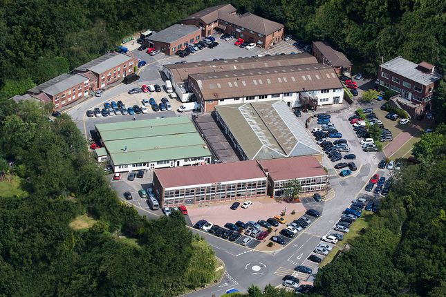 Thumbnail Office to let in Lansbury Business Estate, Lower Guildford Road, Knaphill, Woking