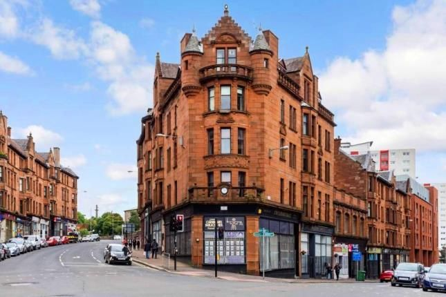 Thumbnail Flat for sale in High Street, Glasgow, Lanarkshire