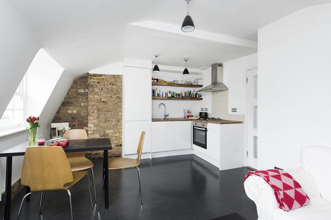Thumbnail Flat to rent in Charlwood Street, Pimlico, London