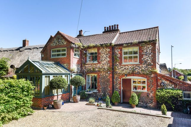Thumbnail Link-detached house for sale in Bluebell Road, Norwich
