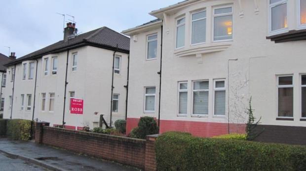 Thumbnail Flat to rent in Kelburne Oval, Paisley, Renfrewshire