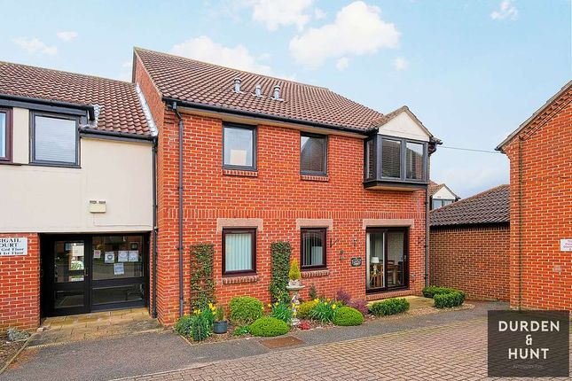 1 bed flat to rent in Abigail Court, Ongar CM5