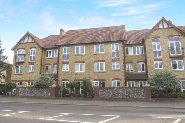 Thumbnail Flat for sale in Hanbury Court, Thetford