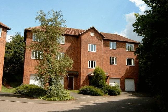 Thumbnail Flat to rent in Lydham Close, Redditch