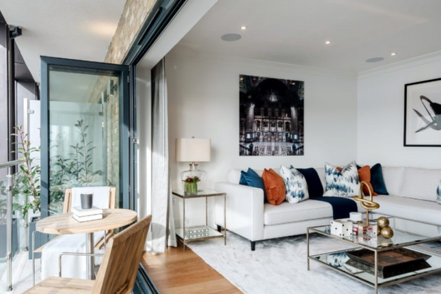 Thumbnail Property to rent in Palace Wharf, Rainville Road, London.