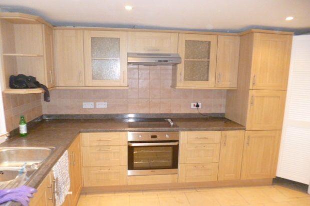 2 bed property to rent in Effingham Street, Ramsgate