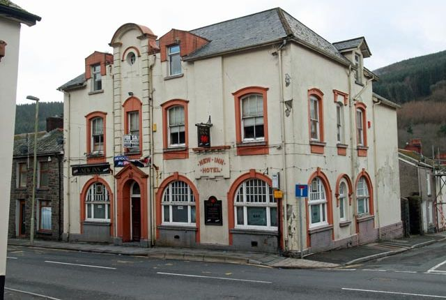 Thumbnail Pub/bar for sale in Baglan Street, Treherbert