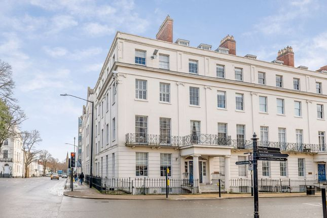 Thumbnail Flat for sale in Apartment 3 George House, 1 Parade, Leamington Spa, Warwickshire