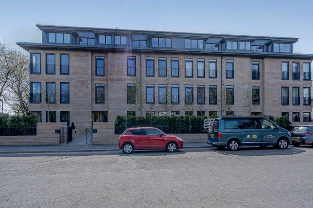 Thumbnail Flat for sale in 25 Kinnear Road, Edinburgh