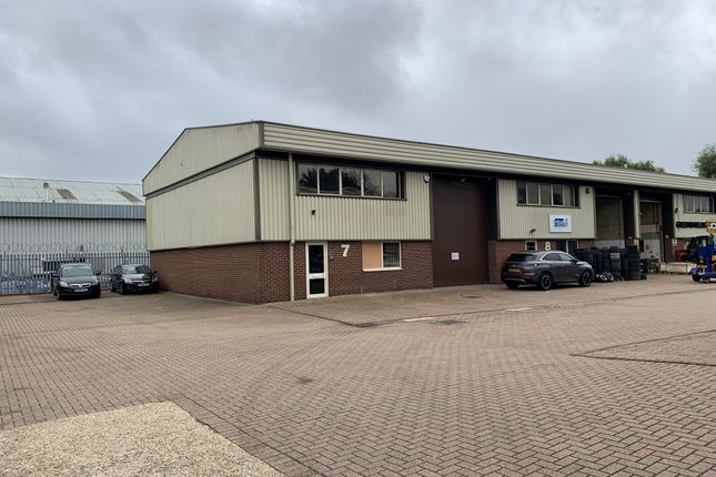 Thumbnail Warehouse to let in Nutwood Way, Totton