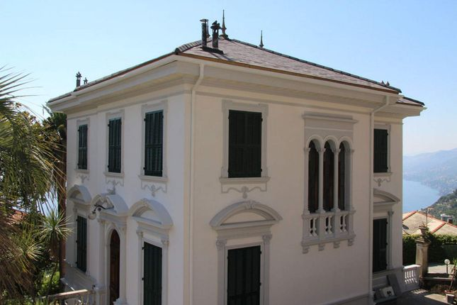8 bed town house for sale in Camogli, Camogli, Italy