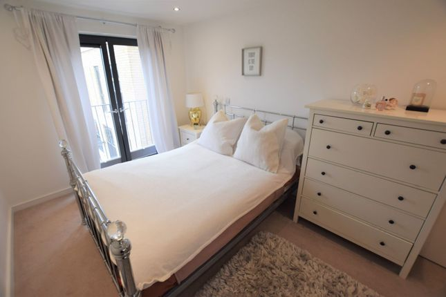 Bedroom of 10 Eythorne Road, Brixton / Oval SW9