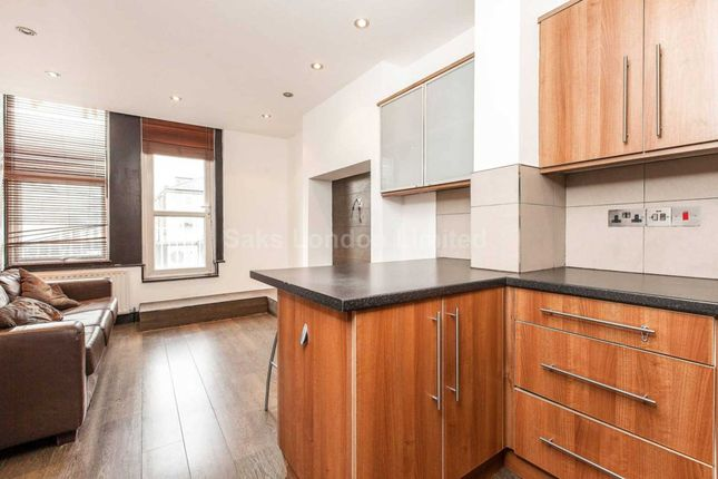 Thumbnail Flat to rent in Ritherdon Road, Tooting Bec, London