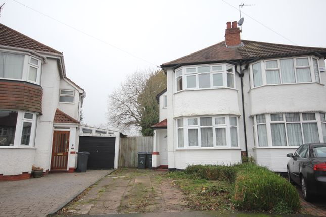 3 bed semi-detached house to rent in Barton Croft, Hall Green B28