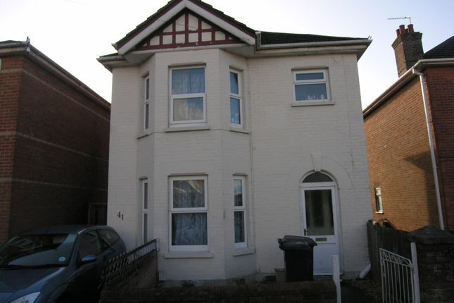 Thumbnail Property to rent in Alton Road, Bournemouth