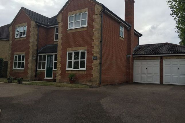 4 bed property to rent in Appledown Drive, Bury St. Edmunds IP32