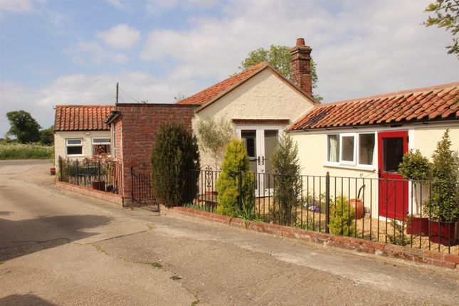 Thumbnail Detached bungalow for sale in Lodge Road, Lingwood, Norwich