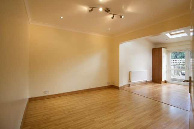 Thumbnail Detached house to rent in Paul Gardens, Croydon