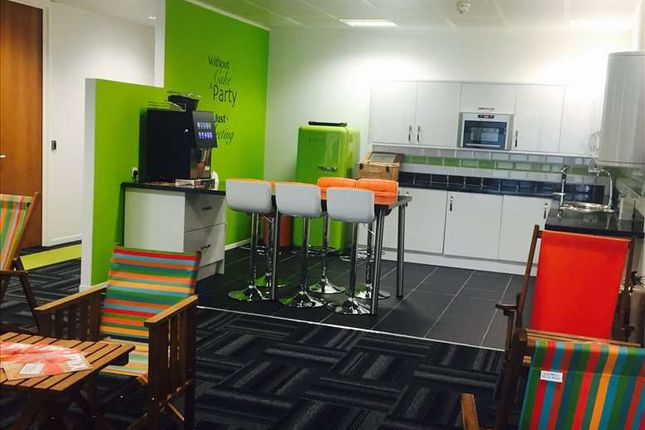 Serviced office to let in 3rd Floor, Northampton
