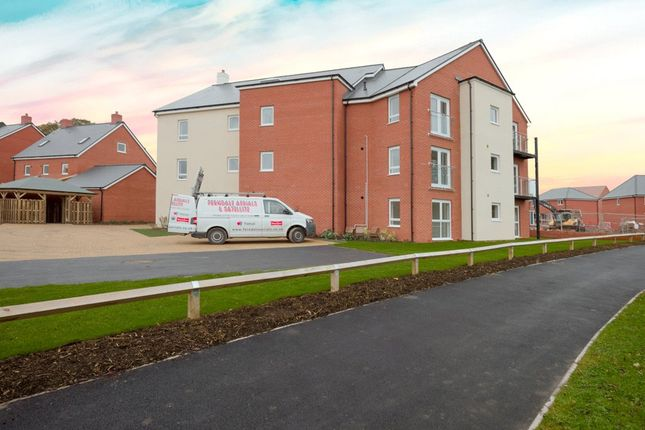 1 bed flat to rent in Sunflower Road, Lyde Green, Bristol, South Gloucestershire BS16