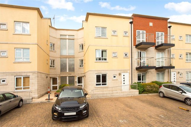 Thumbnail Flat for sale in Gloucester Square, Southampton, Hampshire