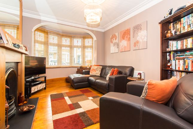 Thumbnail Terraced house for sale in Pall Mall, Leigh-On-Sea