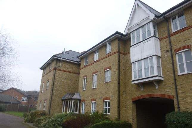 Thumbnail Flat for sale in Shelly Lodge, Gordon Road