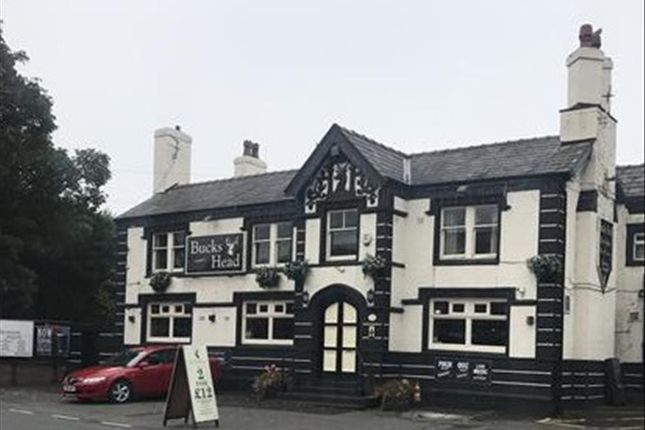 Leisure/hospitality for sale in Large Public House & Restaurant WN2, Abram, Lancashire