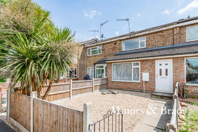 2 bed terraced house to rent in Corbett Road, North Walsham NR28