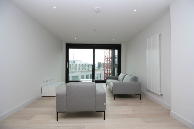 Thumbnail Detached house to rent in Summerston House, Royal Wharf, London