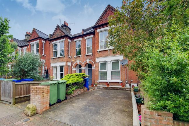 Flat for sale in Dunstans Road, London